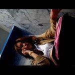 タイのお嬢様トイレ盗撮 通話中の笑顔が可愛い女の子の放尿シーン