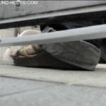 固定カメラ和式トイレ盗撮 近距離での放尿音響く放尿シーン