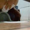 和式トイレ盗撮 後ろから 大量脱糞する茶色ブーツハイヒール女性の汚物を強奪