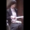 洋式トイレ盗撮 フロントアングル ショートヘアーのスーツお姉さんの放尿シーン