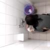 和式トイレ盗撮 空爆 メッシュヘアお姉さんの放尿タイム隠し撮り