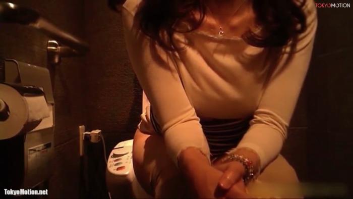 女子トイレ盗撮天国