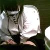 【洋式トイレ盗撮】マスクのロリ風女の子がトイレでオナニー