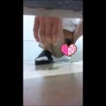 【和式トイレ盗撮】M字開脚ぱっくりアワビ ※用足しシーンなし