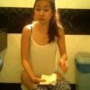 【洋式トイレ盗撮】目の大きなかわいい系お姉さんのトイレシーン