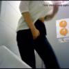 【洋式トイレ盗撮】アソコに手を当てながら足をモゾモゾ動かしズボンを下ろし我慢限界からの大量放尿