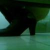 【和式トイレ盗撮】ヒールブーツ女性の大量下痢放出