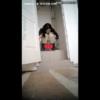 【洋式トイレ盗撮】3回に分けて長い目のうんちを放り出す欧州のお姉さん