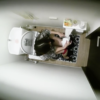 【洋式トイレ盗撮】真上から赤パンティの女の子の放尿タイムを隠し撮り