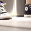 【中華和式トイレ盗撮】黒のコン○ースシューズの女の子の放尿シーン